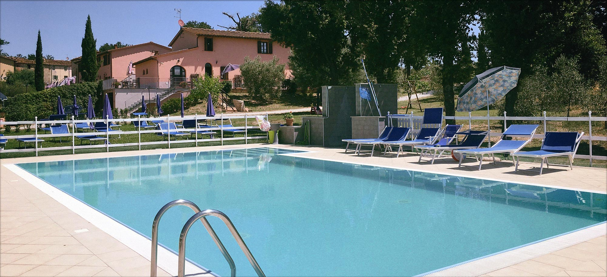 Corte Tommasi - Holiday apartments with swimming pool in Tuscany