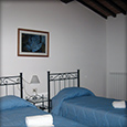 Corte Tommasi - Acqua (201) - Holiday apartment with swimming pool in Tuscany, Italy