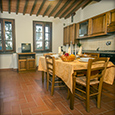 Corte Tommasi - Girasole (206) - Holiday apartment with swimming pool in Tuscany, Italy